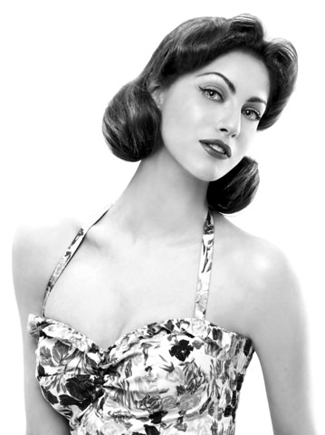 Miriam Leone Attrice televisiva e cinematografica. Conduttrice televisiva Miss Italia.